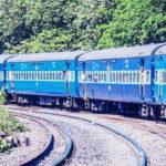 Train Accident in Bihar,बिहार में ट्रेन की चपेट में तीन की मौत,Bihar News in Hindi