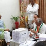 Congress] reverses, charge sheet, BJP, Shivraj lodged, complaint, submitted, proof of debt waiver, लोकसभा चुनाव 2019, किसान कर्जमाफी, loksabha chunav 2019